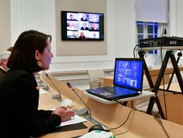 Visioconférence avec Johanna Rolland sur la construction de logements accessibles à toutes et à tous